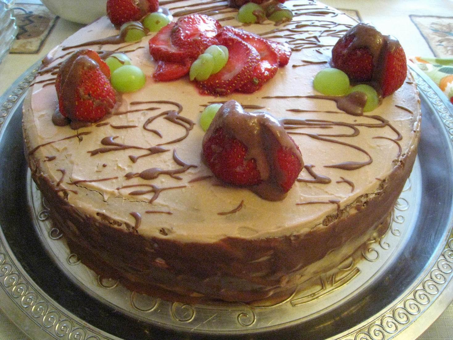 Торт из готовых бисквитных коржей с